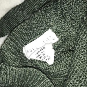 Tilly's Sweaters - Green Tilly's Knit Sweater